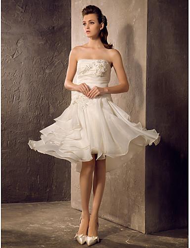 A-Linie / Prinzessin Trägerlos Knie-Länge Organza Maßgeschneiderte Brautkleider mit Perlenstickerei / Applikationen / Gerafft durch LAN