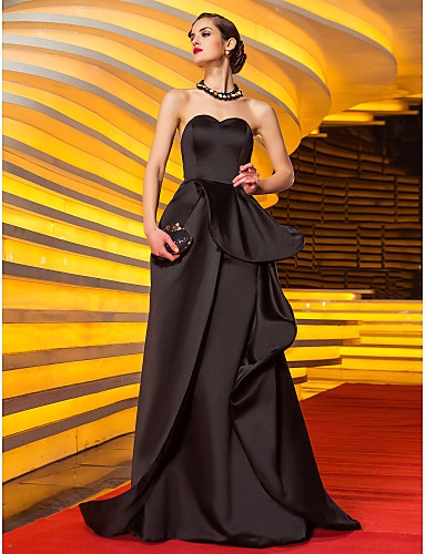 abordables robe invitée mariage-Trapèze Coeur Traîne Brosse Satin Robe avec Appliques / Ceinture / Ruban / Plissé par TS Couture®