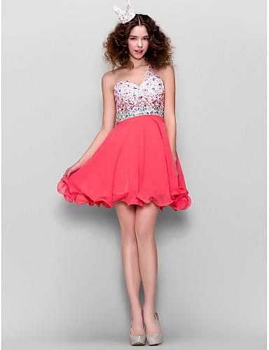 A-linje Enskuldret Kort / mini Chiffon Cocktailfest Kjole med Perlearbeid av TS Couture®