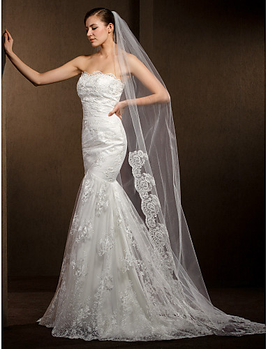 One-tier Lace Applique Edge Wedding Veil Cathedral Veils 53 118.11 in (300cm) Tulle