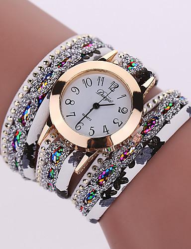 cheap Bracelet Watches-Women's Bracelet Watch Wrist Watch Quartz Black / White / Blue Cool Analog Ladies Charm Sparkle Vintage Casual - Red Green Light Blue One Year Battery Life