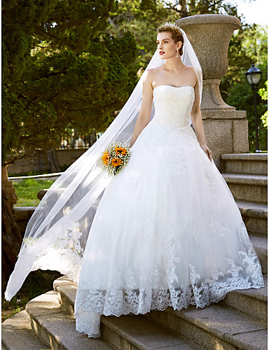 Ballkjole Prinsesse Stroppeløs Gulvlang Lace Over Tulle Egendefinerte brudekjoler med Blonder av LAN TING BRIDE®