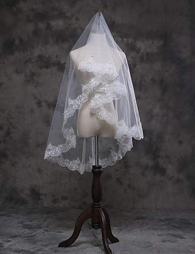 Egykapcsos Csipke szegély Menyasszonyi fátyol Ujjakig érő fátyol A Rátétek Tüll