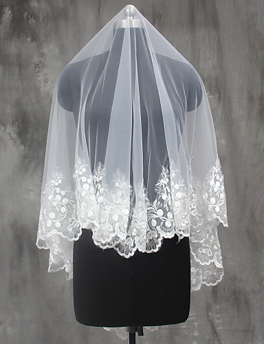 One-tier Lace Applique Edge Wedding Veil Shoulder Veils Elbow Veils Fingertip Veils 53 Sequin Appliques Lace Tulle
