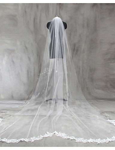 One-tier Lace Applique Edge Wedding Veil Chapel Veils / Cathedral Veils with Appliques Lace / Tulle / Classic