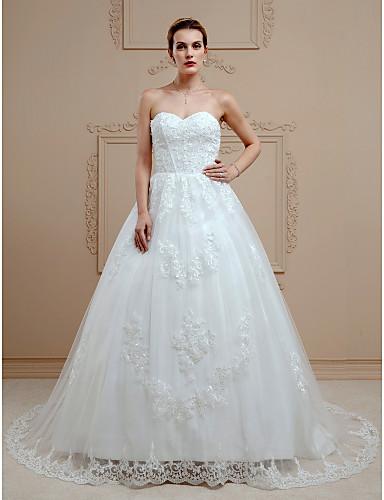 Báli ruha Szív-alakú Udvari uszály Csipke Egyéni esküvői ruhák val vel Gyöngydíszítés / Rátétek / Gombok által LAN TING BRIDE®