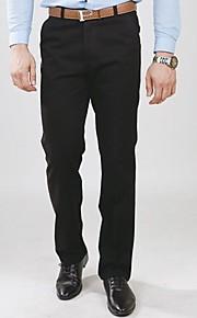 สำหรับผู้ชาย ฝ้าย เพรียวบาง / กางเกง Chinos กางเกง - สีพื้น อาร์มี่ กรีน / ทำงาน