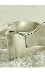 Redondo Estampado / Geométrica / Día Festivo Anillo de Servilletas , Metal MaterialHotel Dining Tabla / Decoración del banquete de boda /