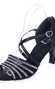 여성용 라틴 슈즈 새틴 샌달 버클 / 크리스탈 디테일 플레어 힐 댄스 신발 실버 / 브라운 / 레드