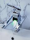 Centerset Vattenfall LED Ett hål Singel Handtag Ett hål Krom, Badrum Tvättställ Kran