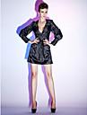 Kroj uz tijelo V izrez Kratki / mini Rastezljivi saten Mala crna haljina / Celebrity Style Koktel zabava Haljina s Šljokice / Drapirano sa strane po TS Couture®