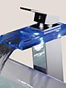 Nutida Centerset Vattenfall Keramisk Ventil Ett hål Singel Handtag Ett hål Krom, Badrum Tvättställ Kran