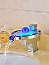 Moderne Montage Jet pluie LED Soupape ceramique Mitigeur un trou Chrome , Robinet lavabo