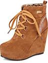 Γυναικεία Παπούτσια Σουέτ Φθινόπωρο & Χειμώνας Μοντέρνες μπότες Μπότες Τακούνι Σφήνα Στρογγυλή Μύτη Μποτίνια Αγκράφα / Φούντα Μαύρο / Κίτρινο / Κόκκινο